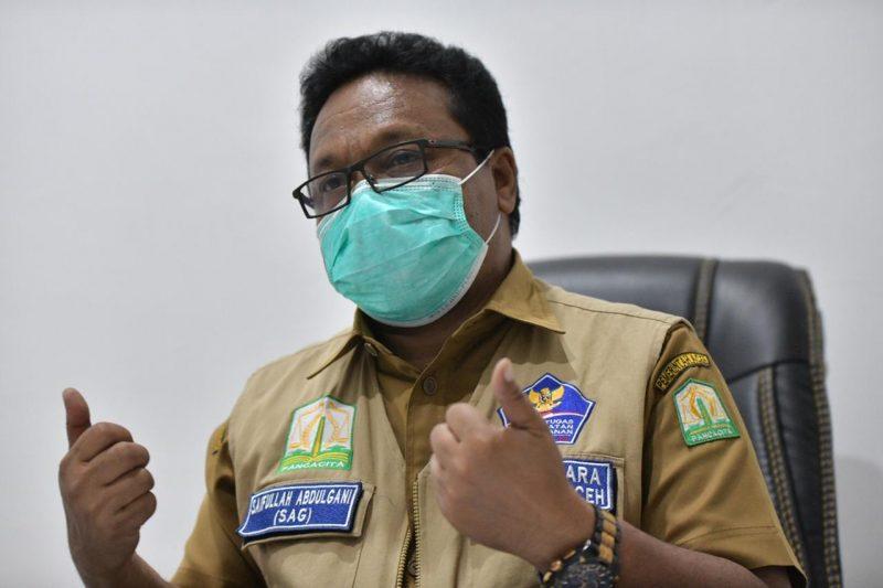 Perempuan Terinfeksi Virus Corona